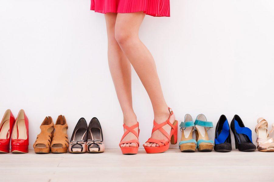 สีรองเท้าส้นสูงเสริมดวง