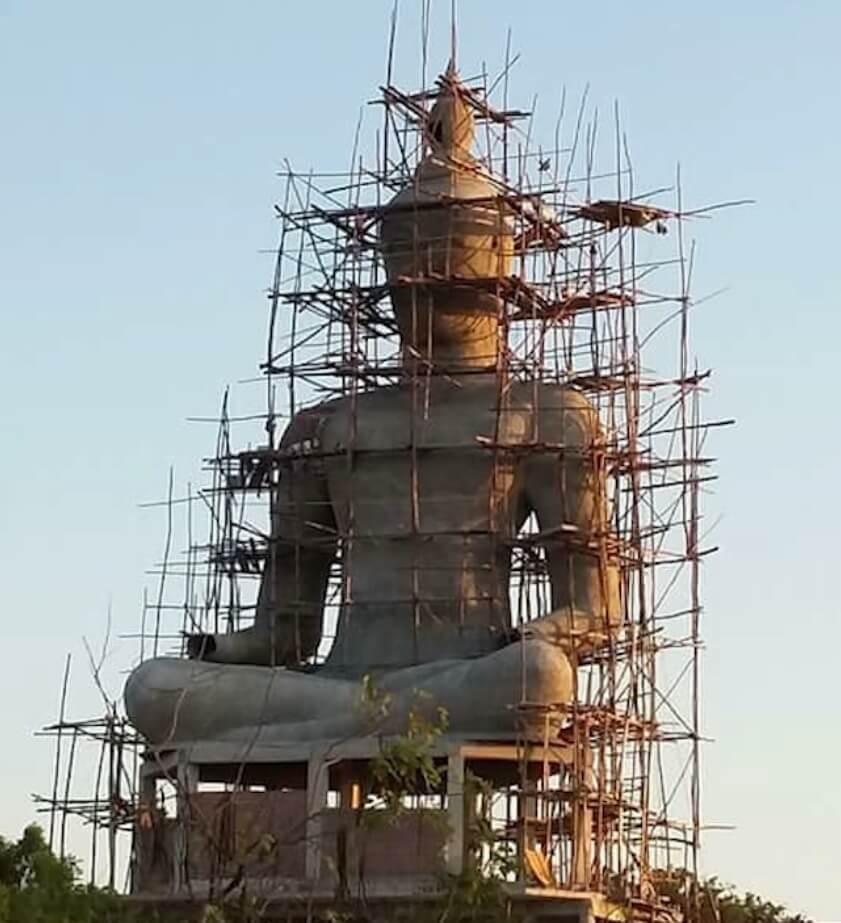 สร้างพระพุทธรูป