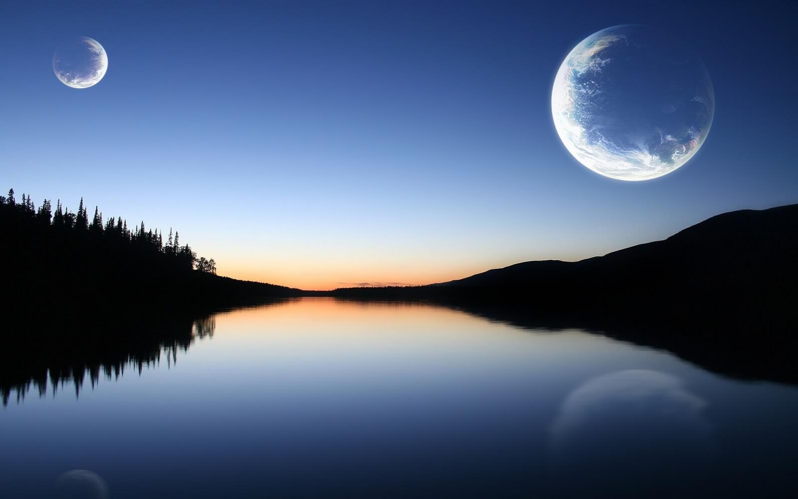 พระจันทร์ 2 ดวง