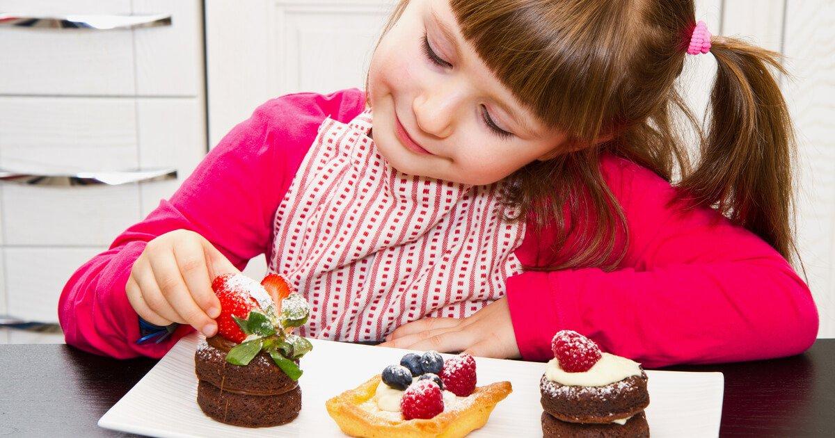 Pan KL CN 13 เมื่อเด็กๆ อยากกินขนม ให้กินตอนไหนดีรูป 1