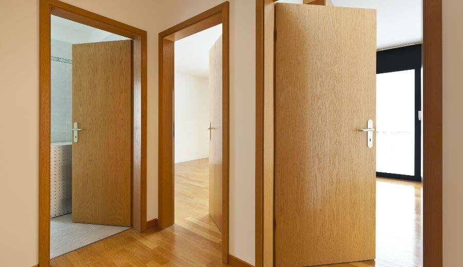 ประตูบ้านหลายบาน