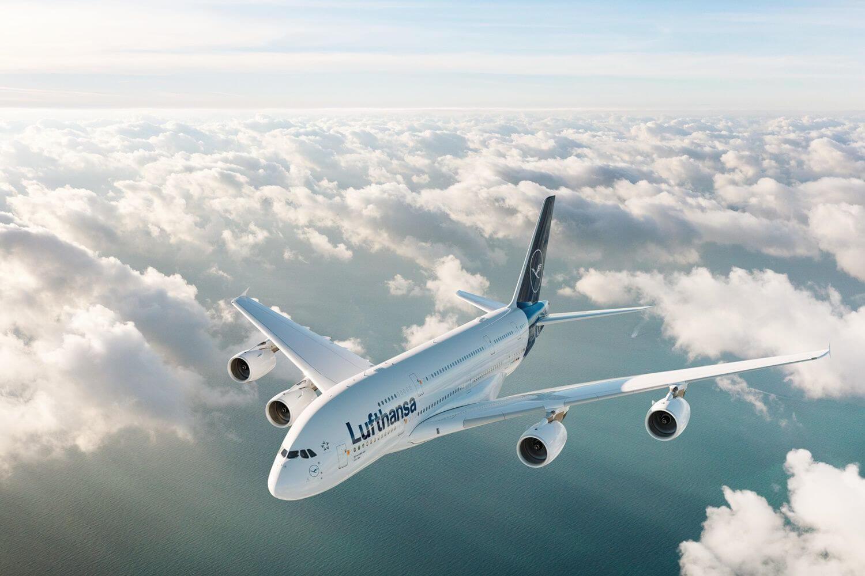 เครื่องบินของ lufthansa